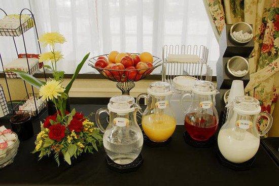 Comfort Inn Aeroport : Enjoy breakfast