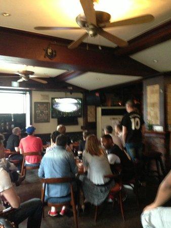 The Wolfhound Irish Pub & Restaurant: Great Atmosphere