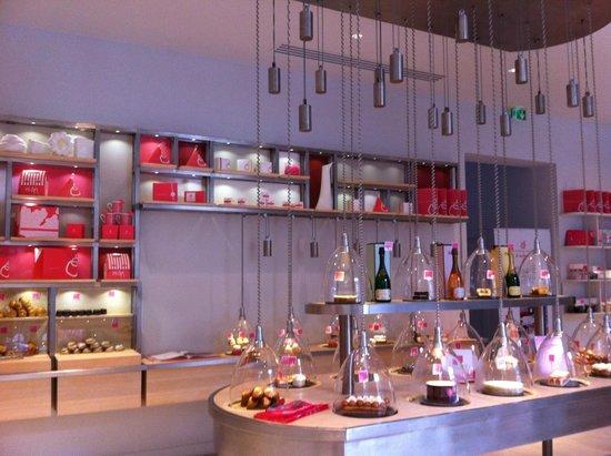 Photo of French Restaurant La Patisserie Des Reves at 93 Rue Du Bac, Paris 75007, France