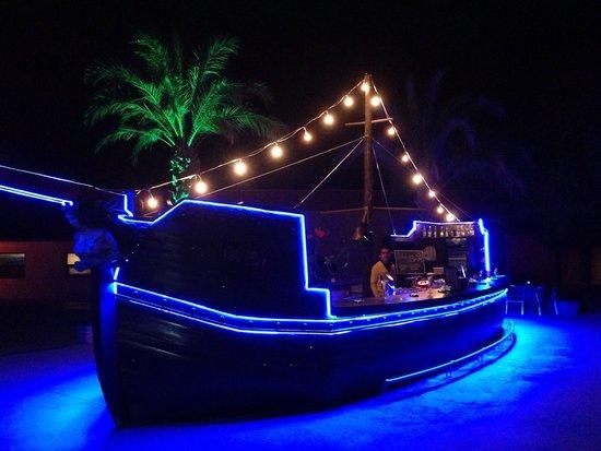 Magic Life Waterworld Imperial: Bar