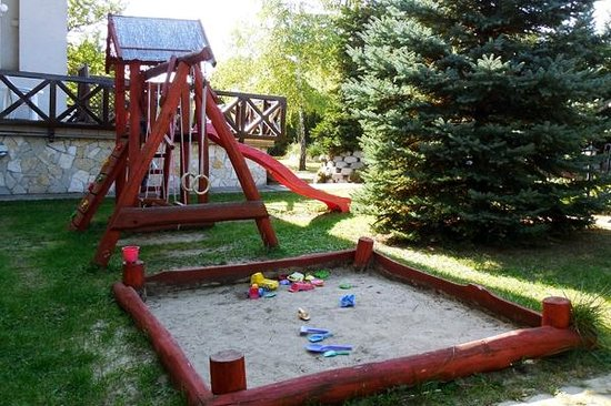 Hotel Pension Helios: Playground