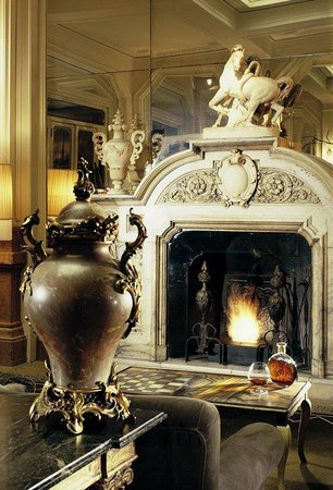 Grand Hotel et de Milan: Fireplace Hall