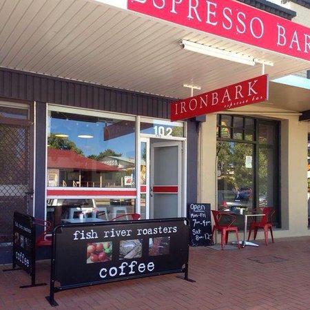 Amazing coffee and light lunches review of ironbark for Food bar blayney