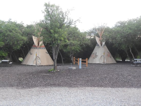 Montpelier Creek KOA: tipi
