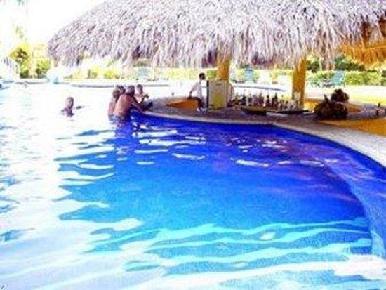 Puerta del Mar: Pool Bar