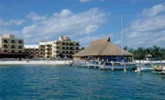 Las Perlas Condos: Exterior & Boat Dock