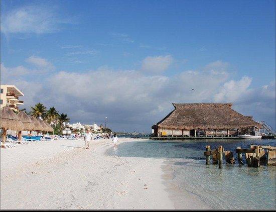 Las Perlas Condos : Playa hotel imperial Las Perlas
