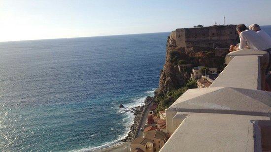 Costa Real Tropea: Scilla....