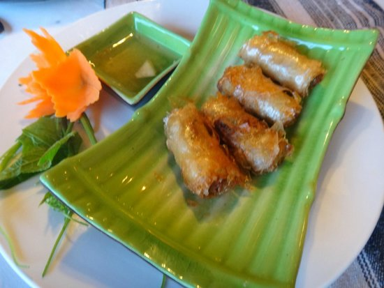Boutique Sapa Hotel restaurant: Traditional spring rolls