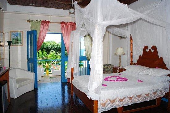 Half Moon Blue Hotel : Blue Room