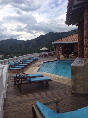 Viña Sicilia: Excelente la piscina