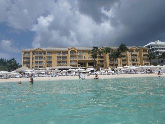 Grand Cayman Marriott Beach Resort: Hotel