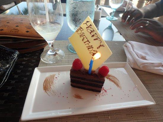 Grand Cayman Marriott Beach Resort: Cake