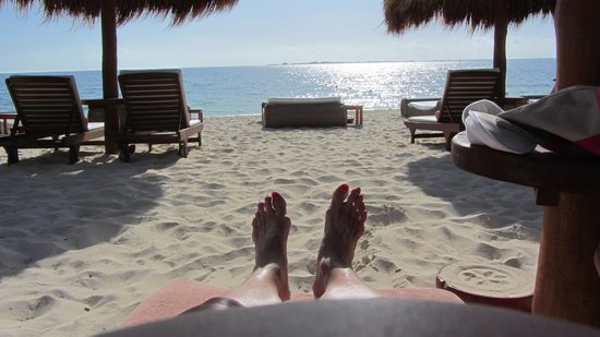 Excellence Playa Mujeres: feet in the sand