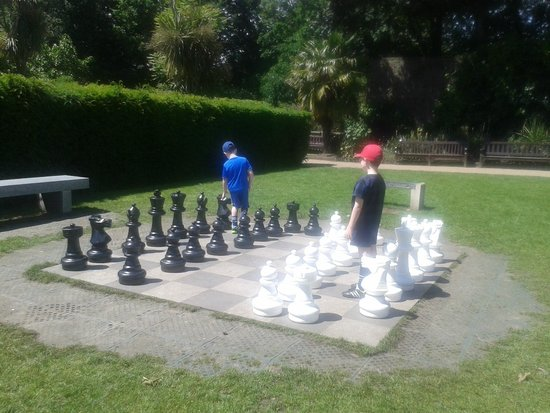 Giant chess board in Holland Park