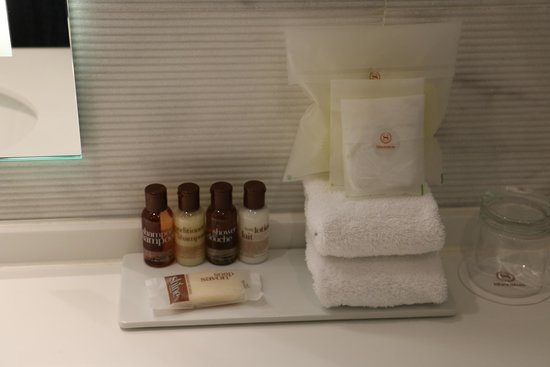 Sheraton Stockholm Hotel: Bathroom Goodies