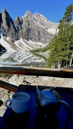 Lake Agnes Teahouse : Best seat in the house