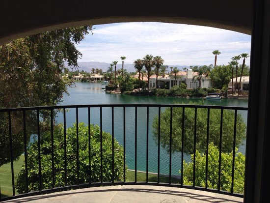The Chateau at Lake La Quinta: Balcony View From Room 6