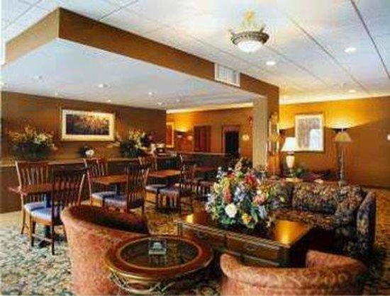 Days Inn Baltimore South/Glen Burnie: Breakfast Setup