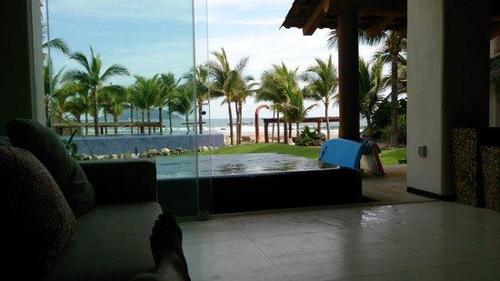 Las Palmas Beachfront Villas: view from the 3bdrm