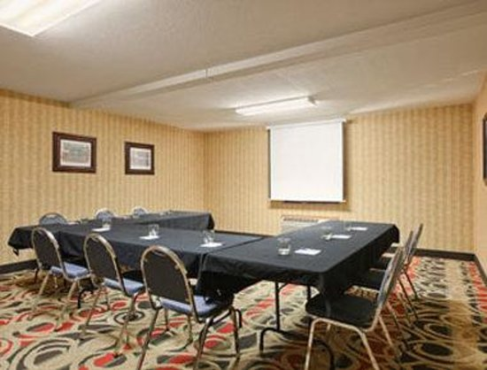 Baymont Inn & Suites Jefferson City: Meeting Room