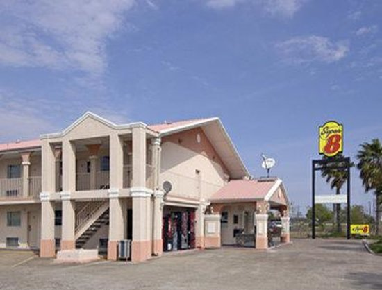 Welcome to Super 8 La Marque TX/Texas City Area