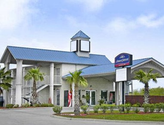 Welcome to the Howard Johnson Galveston