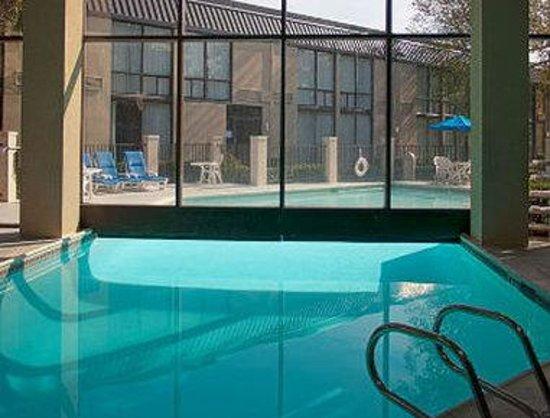 Baymont Inn & Suites Houston- Sam Houston Parkway: Welcome To Baymont Inn And Suites Houston-Sam Houston Parkway