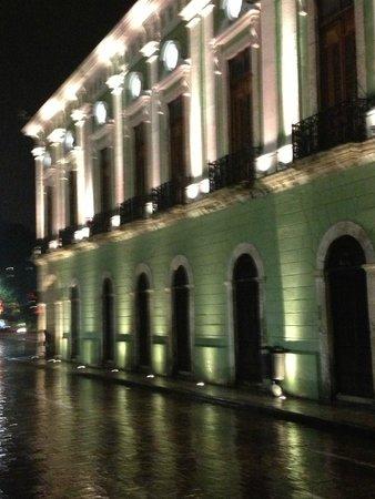 Piedra de Agua Hotel Boutique: Governor's Palace across street