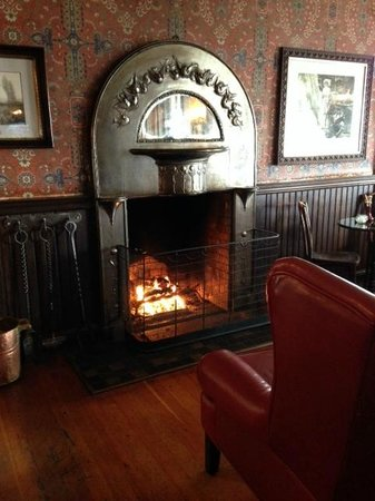 Mendocino Hotel and Garden Suites: A Warming Fire