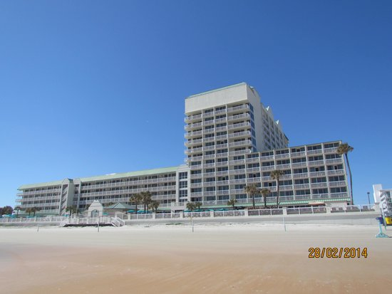 Daytona Beach Resort and Conference Center: Vu de la plage