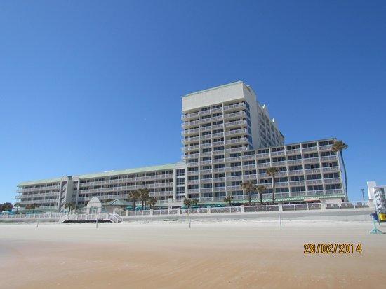 Daytona Beach Resort and Conference Center : Vu de la plage
