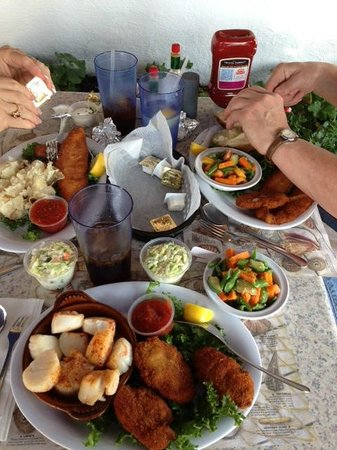 Spadafora's Down East Restaurant: dinner for three…oysters, flounder and scallops
