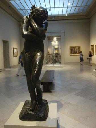 Toledo Museum of Art : A Rodin sculpture in one of the many galleries