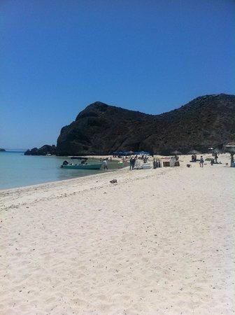 Balandra Beach : Beach to the Right