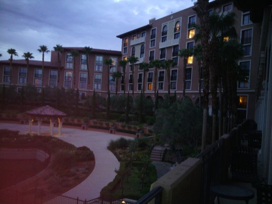 The Westin Lake Las Vegas Resort & Spa: lake side