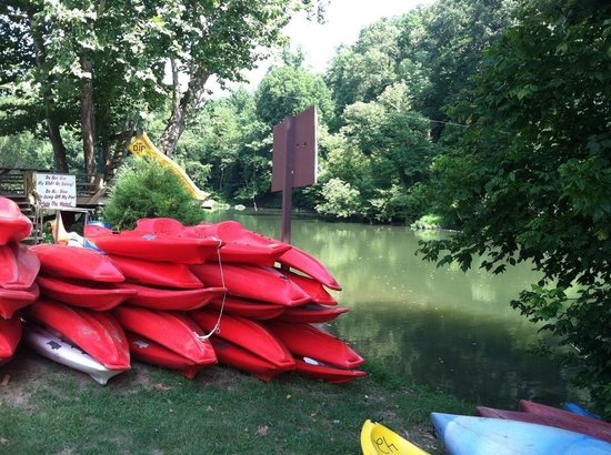 Piedmont, Алабама: Awesome kayaks to rent! Or bring your own