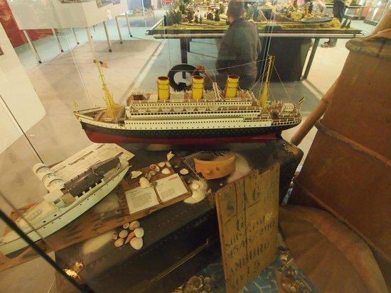 Märklin Museum: Marklin ships