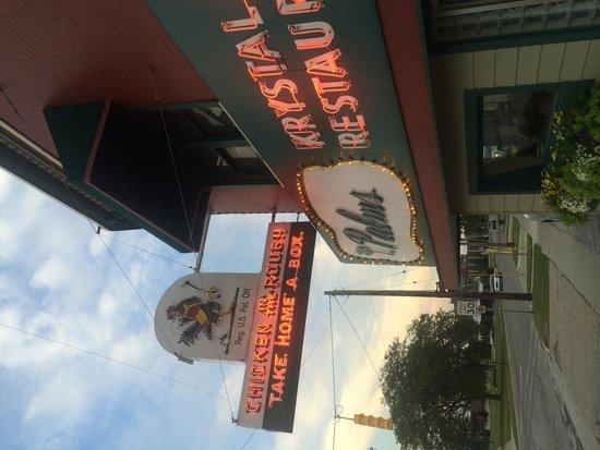Palms Krystal Bar & Grill: getlstd_property_photo