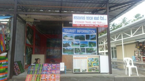 Ao Nang Walking Street: Tour Stall
