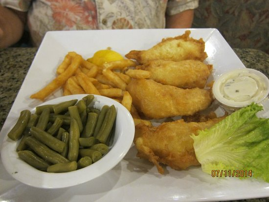 Central Park Family Restaurant: fish and chips