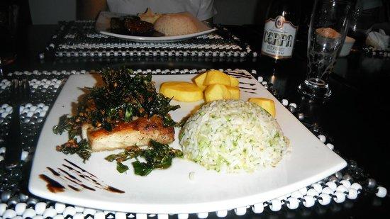 Restaurante Gatos de Rua : Peixe Beurre Blanc sensacional