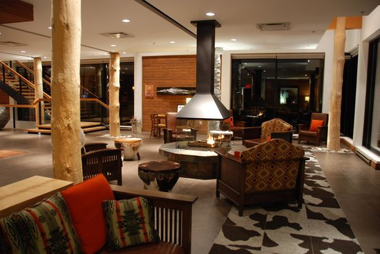 Hotel-Musee Premieres Nations: hall