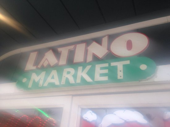 Latino Market Mexican Food: Not good- no go!