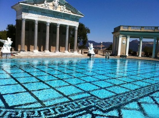 Hearst Castle: the outdoor pool