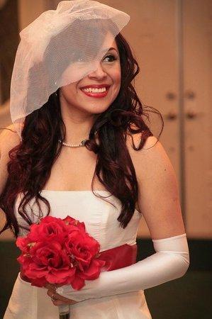 Cupid's Wedding Chapel: Now i'm blushing