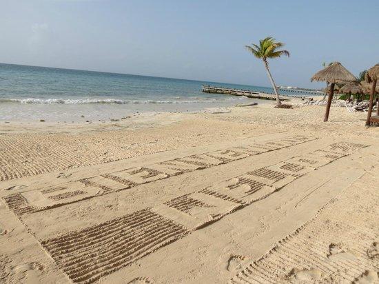 Secrets Capri Riviera Cancun: beach