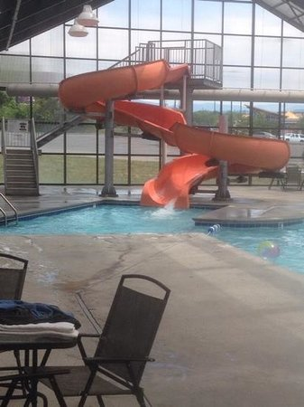 Spirit of the Smokies Condo Lodge: indoor pool