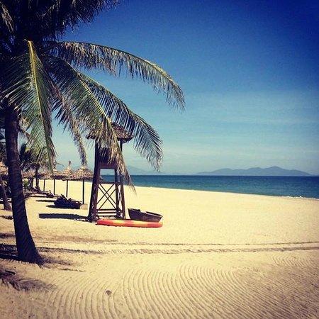 Palm Garden Beach Resort & Spa: View back to Danang