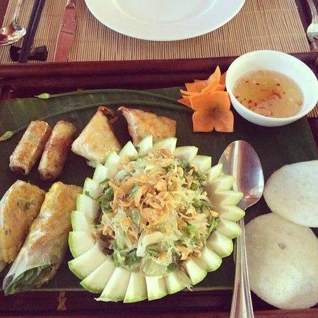 Palm Garden Beach Resort & Spa: Yummy appetisers